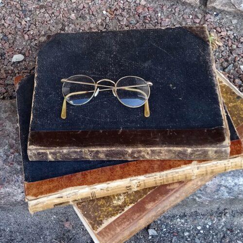 """Antikke """"sygekasse"""" briller"""
