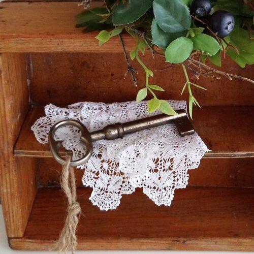 stor antik nøgle