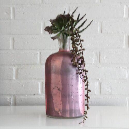 Stor rosa glasflaske