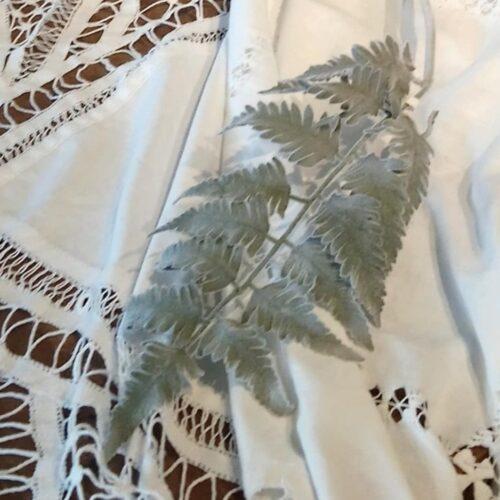 Flot Bregne blad - støvgrønt