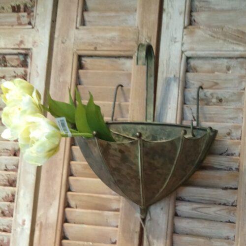 Paraply potte til væggen