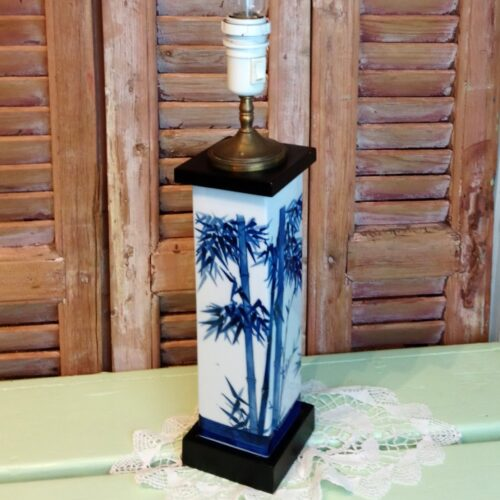 Bordlampe med bambus
