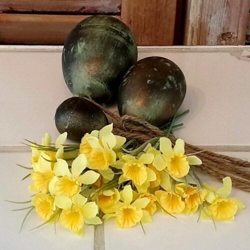 Små gule påskeliljer