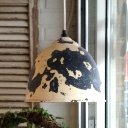 Loftlampe cremefarvet