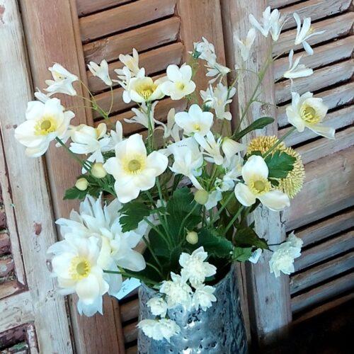 Buket med skønne blomster