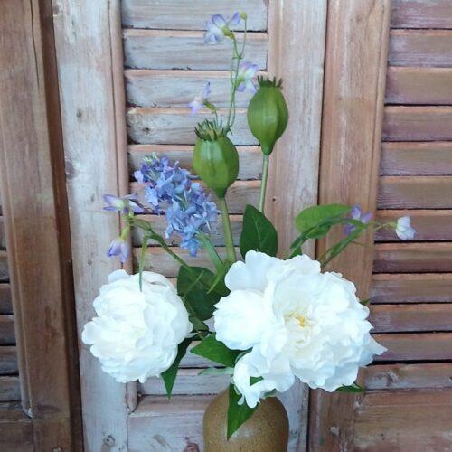 Lille buket med kunstige blomster
