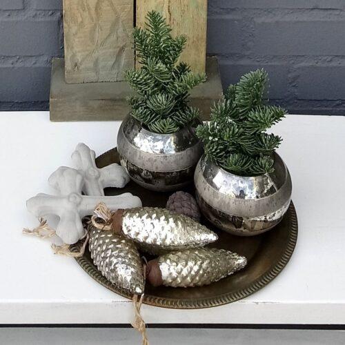 Rustikke sølv julekogler