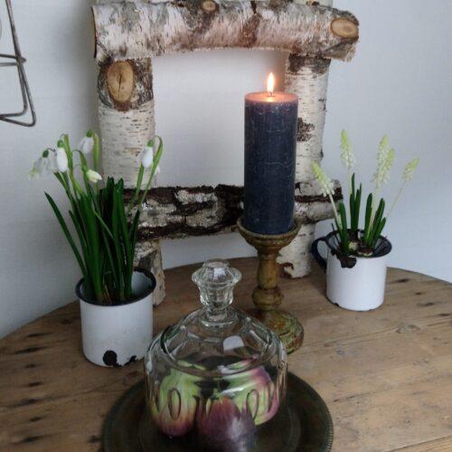 Koksgråt rustikt bloklys