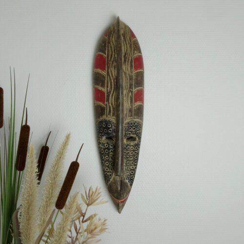 Afrikansk maske i træ
