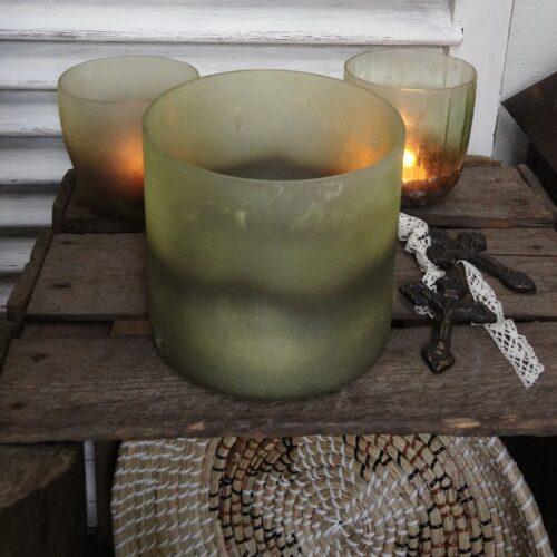 Rustik stor grøn glaspotte