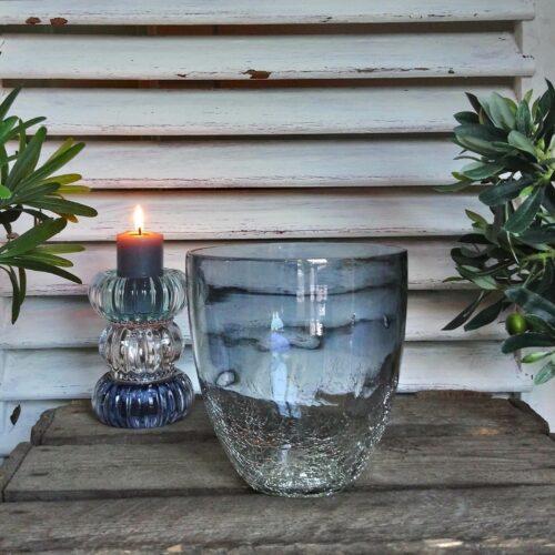 Blå glasvase med krakelering