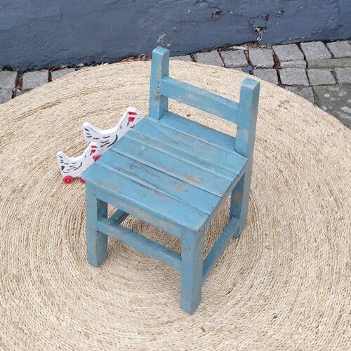 Børne stol solid og robust