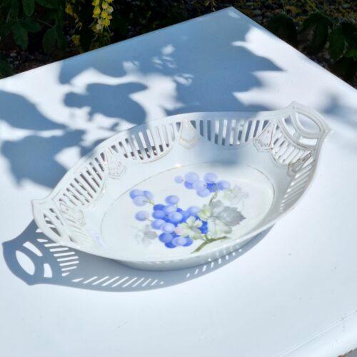 Smukt porcelænsfad