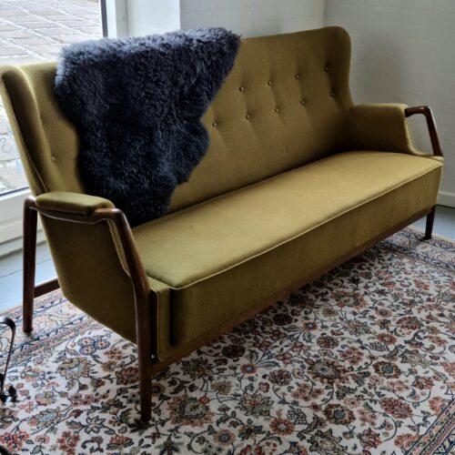 Sofa retro olivengrøn/nøddetræ