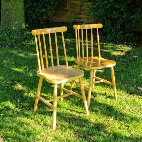 Tremmestole smukt lakeret
