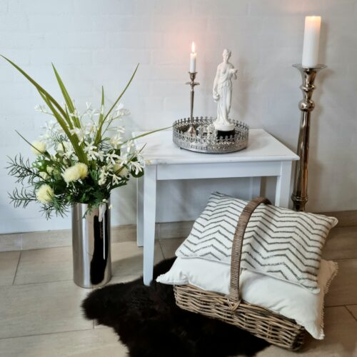 Hvidt lampebord / sofabord
