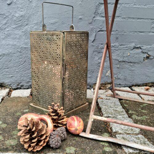 Skøn lanterne i antikguld