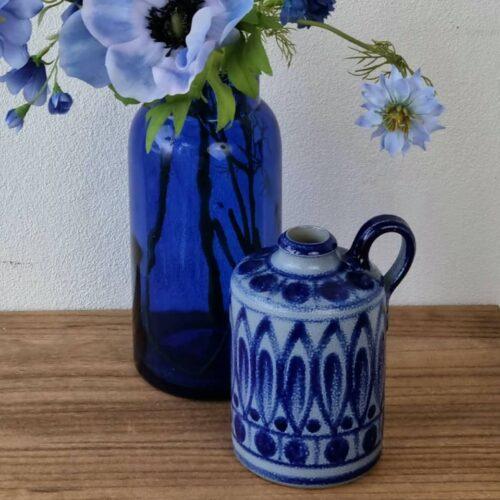 Blå keramikvase fra Höhr