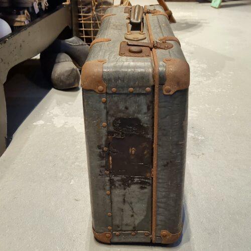 Charmerende gammel kuffert